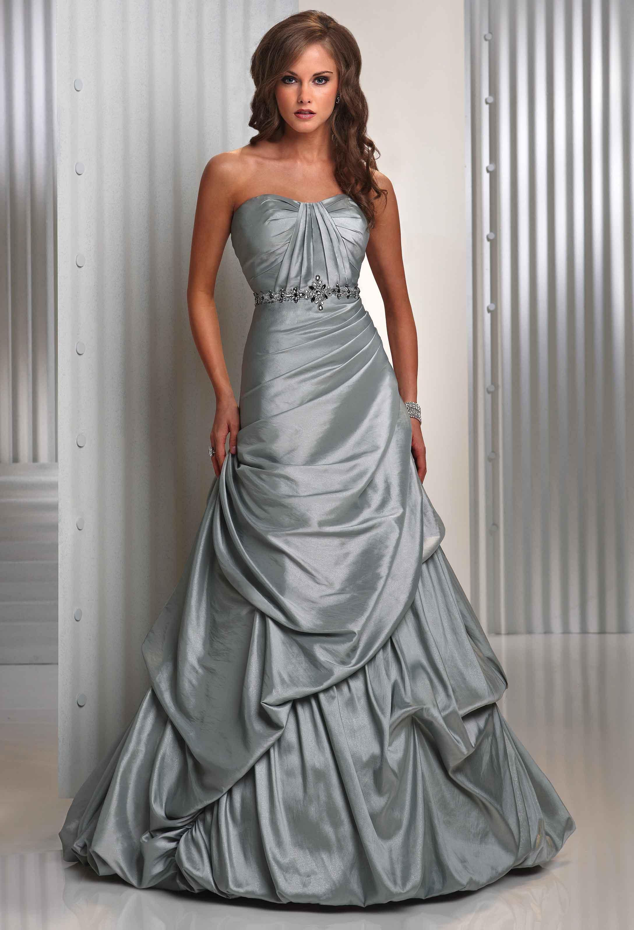 Sposidea foto video racconti for Silver and red wedding dresses
